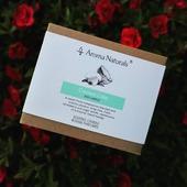 Příjemná svěží kombinace vůní limetky a kokosu, ideální pro letní dny #aromanaturals #homefragrance #limetka #kokos #kolekce #nature #priroda #cerven #květiny #svicka #sojovasvicka #svezest #letnidny #dekorace #domov #darek #relax #odpocinek #interier #zahrada